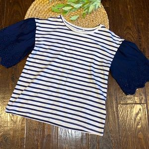 Gap kids blue and white striped short sleeve large